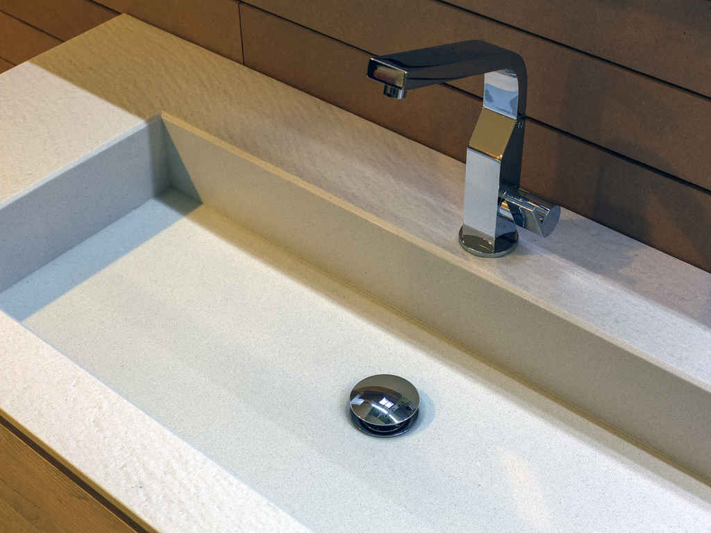 Small spacco bianco sink 599